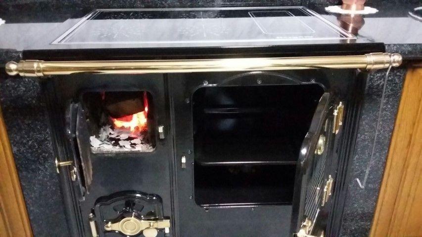 Cocinas de le a reformas integrales jrcv for Planos de cocina economica a lena